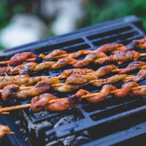 Vegane Grillfackeln (Closeup)